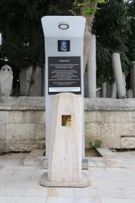 Osmanlı Kültür Mirası olan Sadaka taşları Eyüp'te hayrseverleri bekliyor.