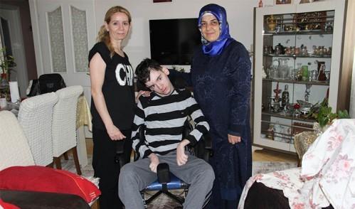 Epilepsi hastası Arda'ya, Tülay Aydın yardım elini uzattı