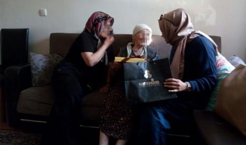Eyüp'ün Ensar-ı Çınarları'na bayram ziyareti