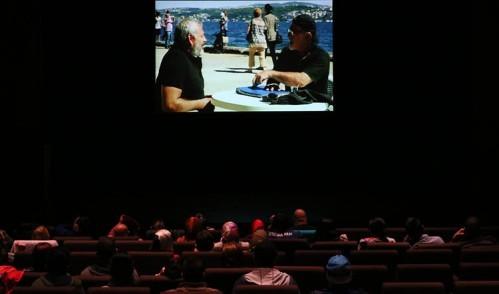 Eyüplü engelli vatandaşlara film gösterimi yapıldı