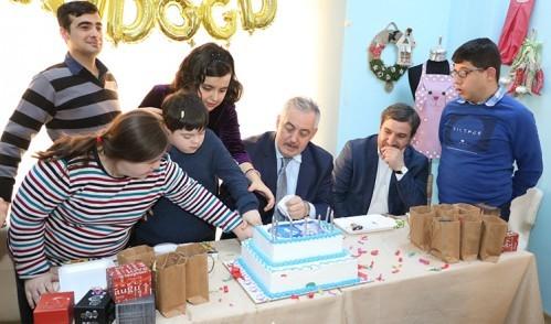ESER'li gençlere doğum günü kutlaması